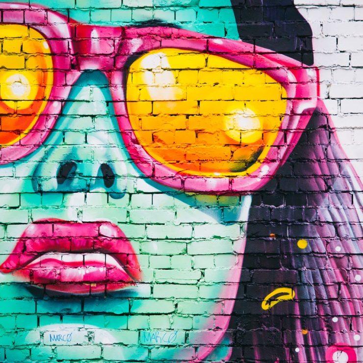 graffiti-wall-1209761_1280